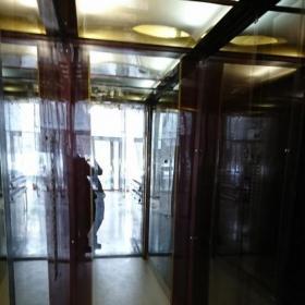 Отделка кабины лифта оргстеклом